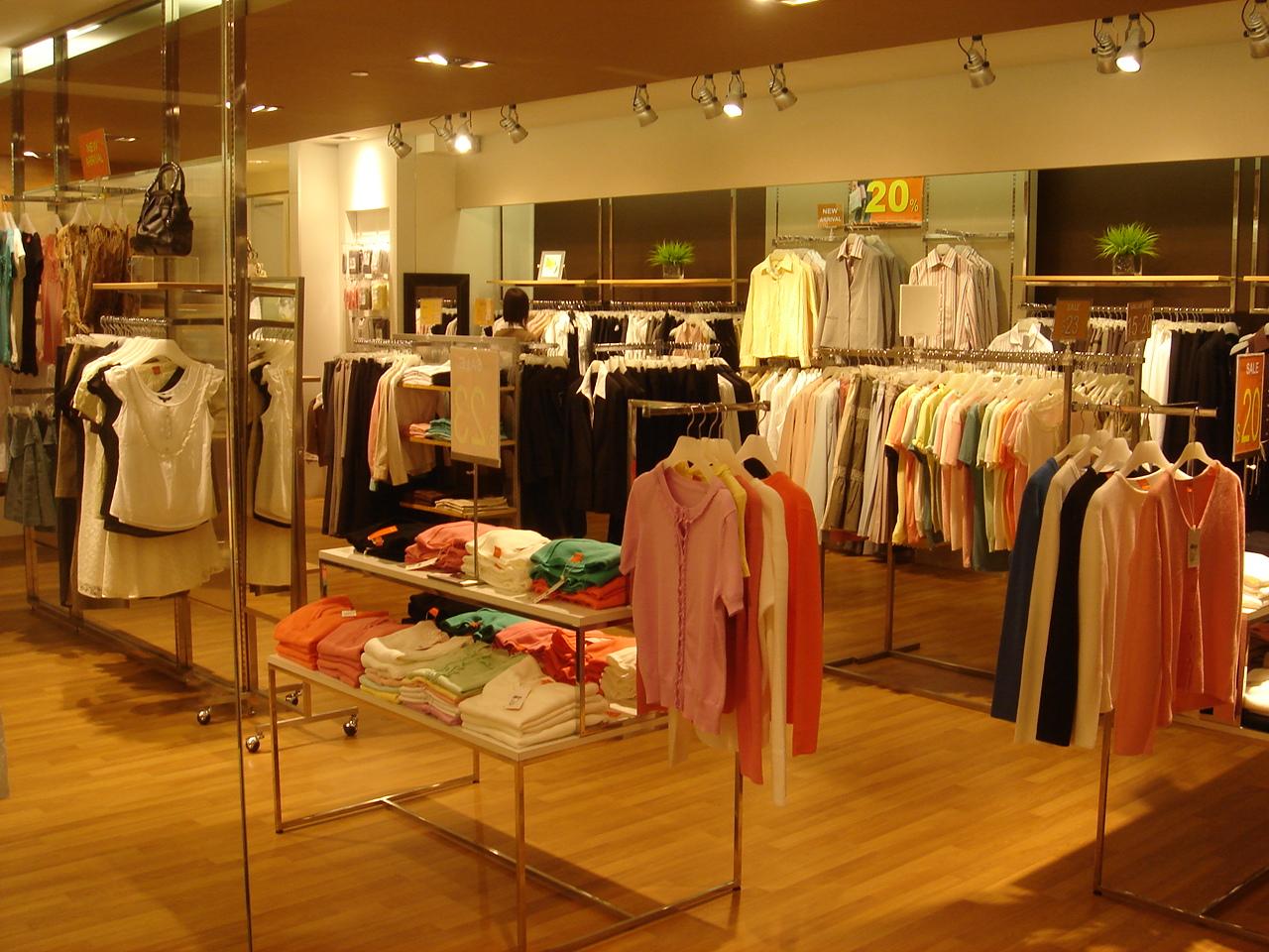 Các bước mở cửa hàng thời trang