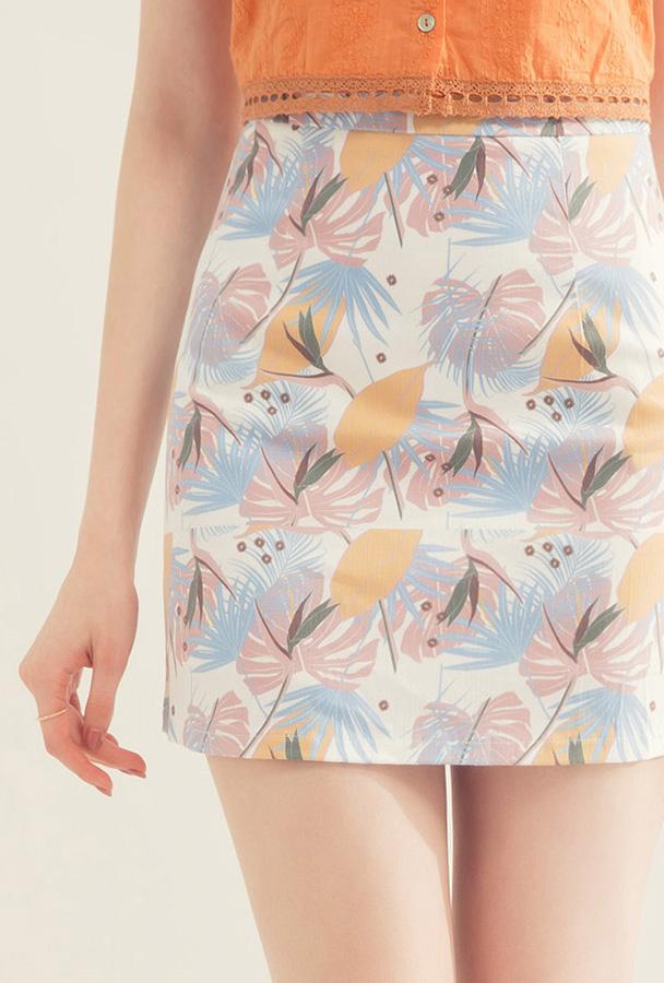 chân váy ngắn