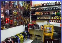 cover cửa hàng kinh doanh phụ tùng ô tô xe máy